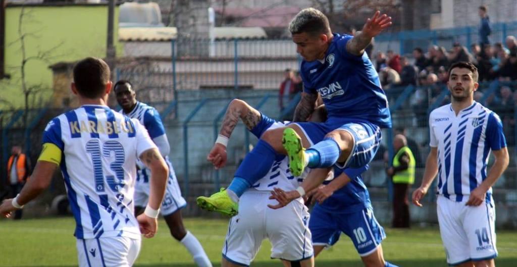 """KATEGORIA SUPERIORE/ Tirana nderon Partizanin, Kukësi """"rrëzohet"""" në Kamëz"""