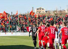Partizani bie në Laç, Kamza vetëvrasje në shtëpi