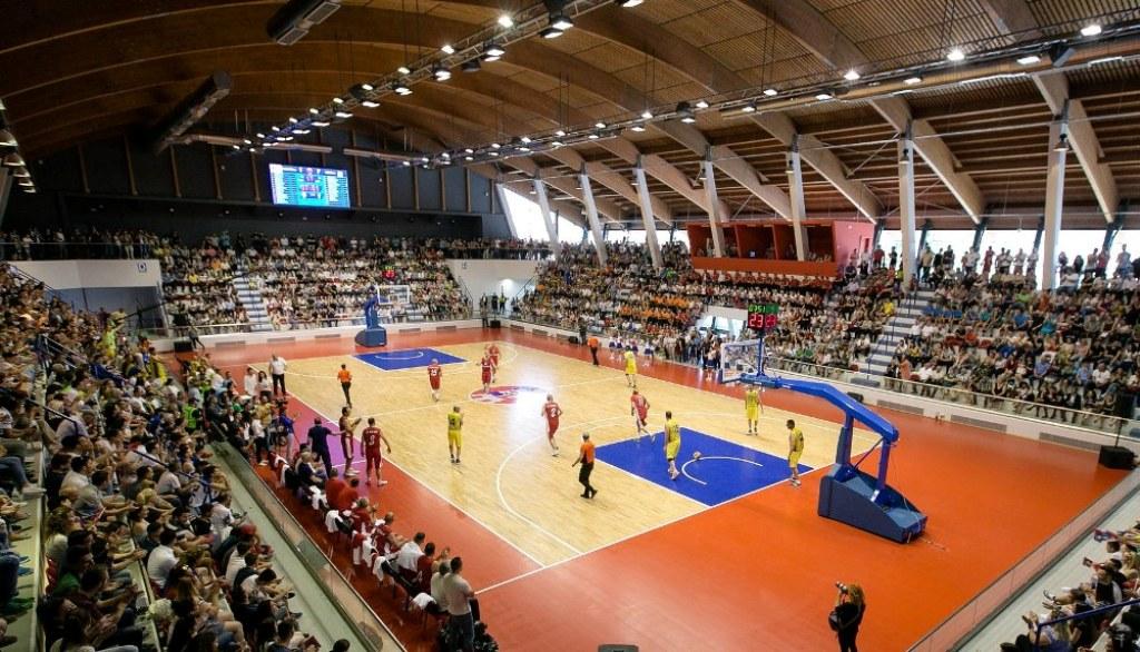 Shkëlqimi dhe rënia e basketbollit në Shqipëri!