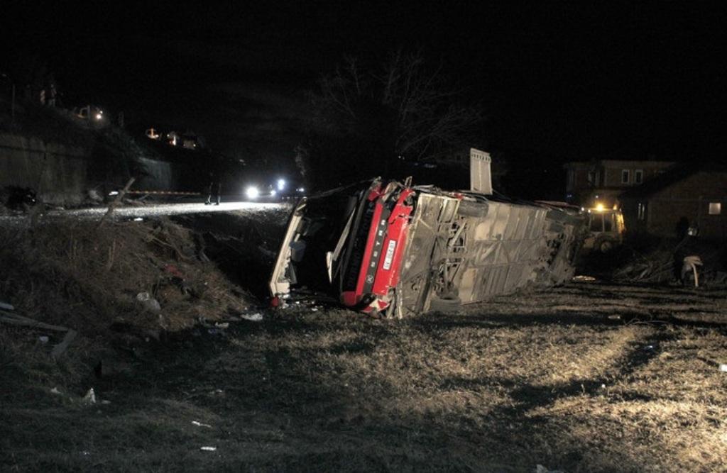 Aksident në Laç-Milot, 2 të plagosurit, me urgjencë në Spitalin e Traumës