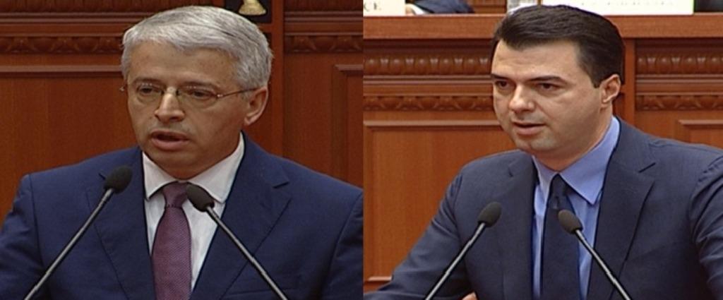 Mungon Rama, Basha përplaset me Lleshajn: S'ka negociata në qershor. Batutat: Kur gishti tregon Hënën, budallai...