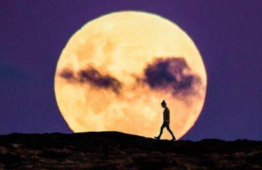 """Dukuria e """"Super Hënës"""" ndodh nesër, ja cila shenjë do të ndikohet më shumë"""