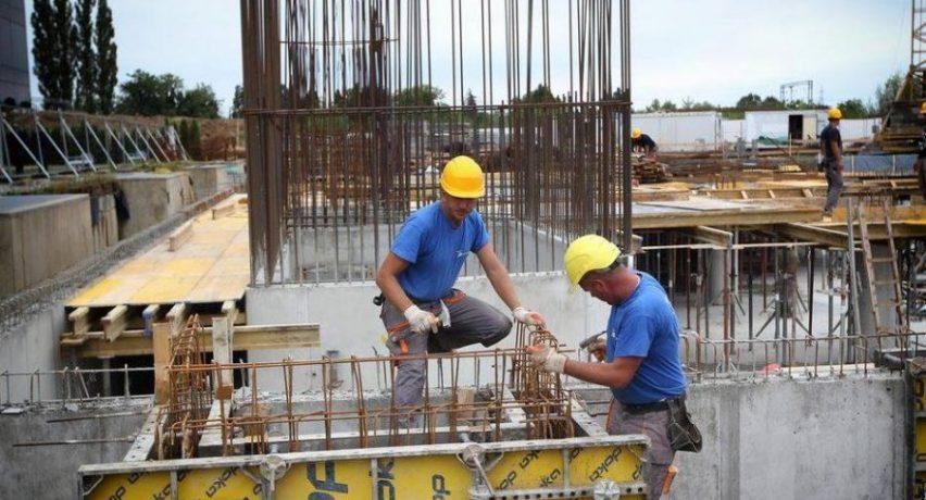 Konfindustria: Viti financiar 2019 do të jetë i vështirë për ekonominë shqiptare
