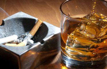 Në Shqipëri pihen ende në lokale, ky është shteti ku duhani ndalohet edhe në vende publike