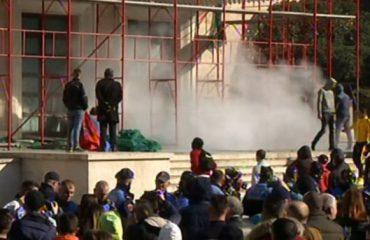 Protesta e opozitës, arrestohen 15 persona
