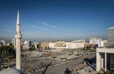 Gazetarja britanike: Ja pse Tirana është vend ideal për të kaluar Shën Valentinin?
