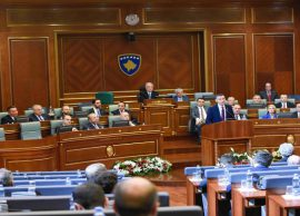 Kosova 11 vjet e pavarur, BE nuk heq ende vizat, u