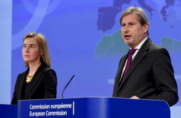 Bashkimi Evropian/ Hahn dhe Mogherini: Dënojmë dhunën, veprimi i opozitës pengon demokracinë
