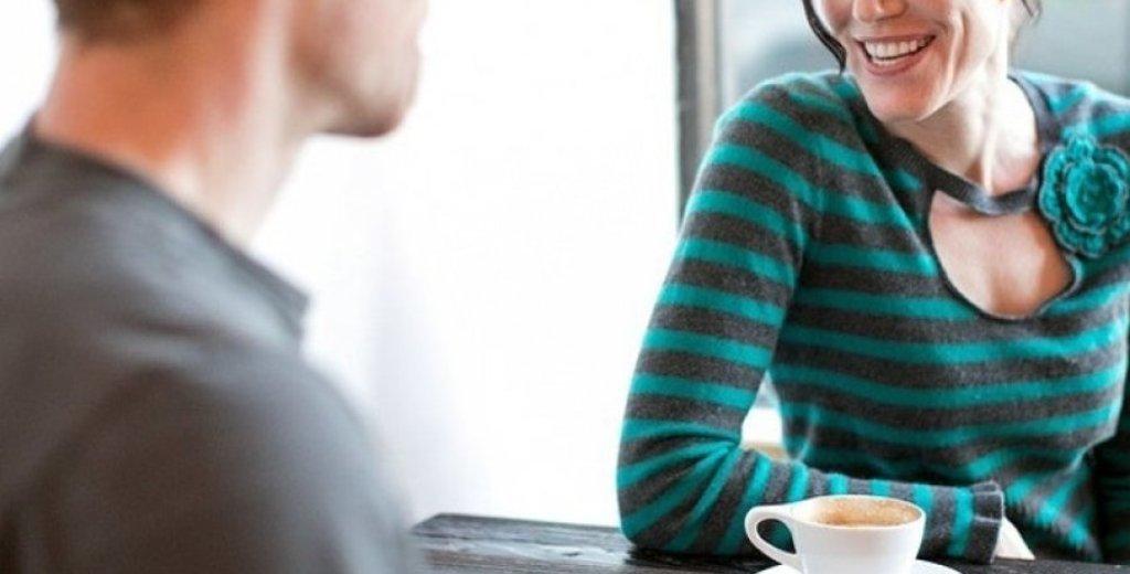 """PEJË/ Pezullohet pedagogu që shkoi në motel me studenten """"për një kafe"""": Skenar për të më eliminuar"""