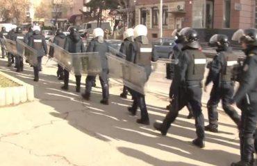 PROTESTA E OPOZITËS/ Policia sërish me deklaratë: Kriminelët po përgatiten për dhunë, politika të distancohet