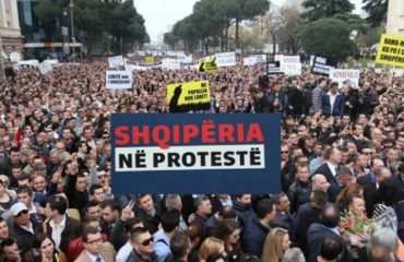 USA and EU against violent protests in Albania