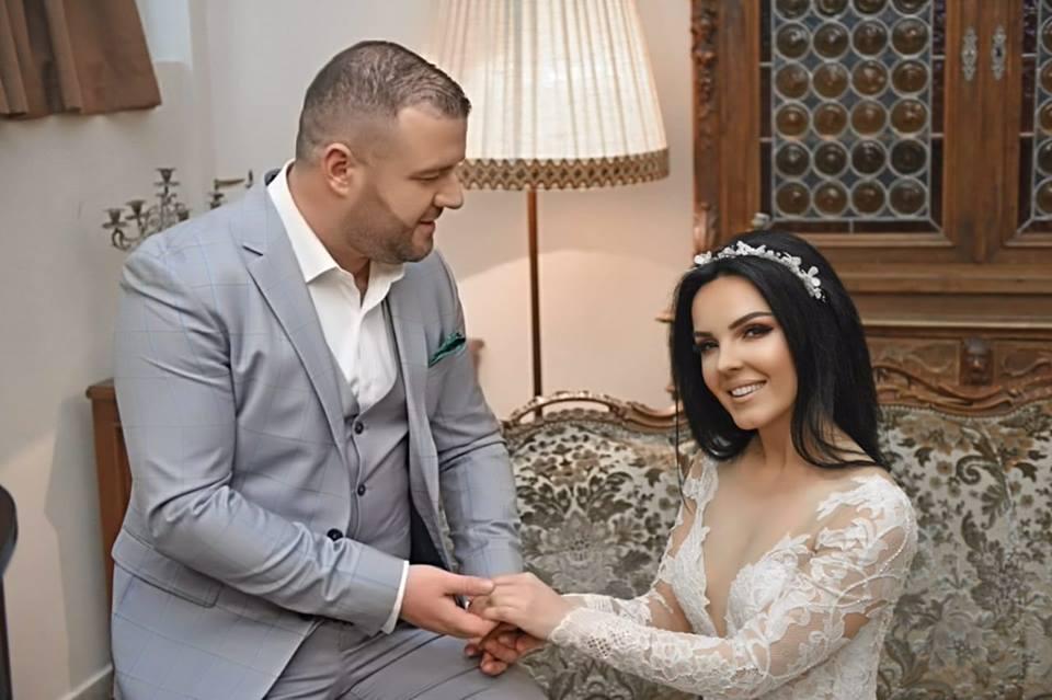Nertila Vreto: Me këngën e re përjetuam emocionet e dasmës që s'kemi bërë