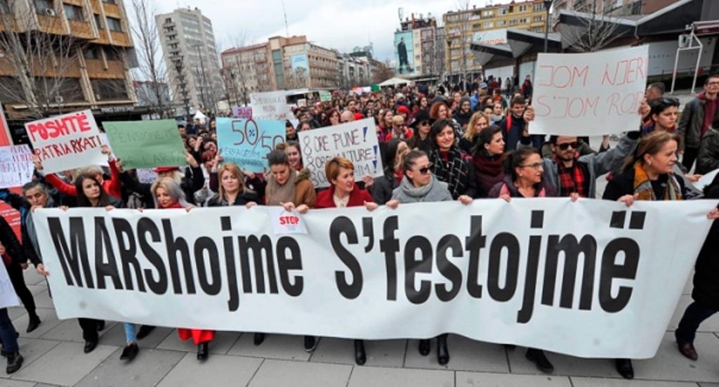 FORUM/8 Marsi, nga ditë feste, në ditë apeli për të drejtat e femrave!