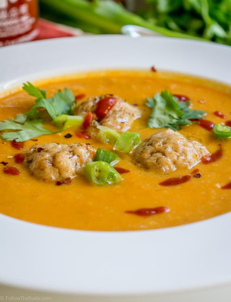 Supë karote me qofte