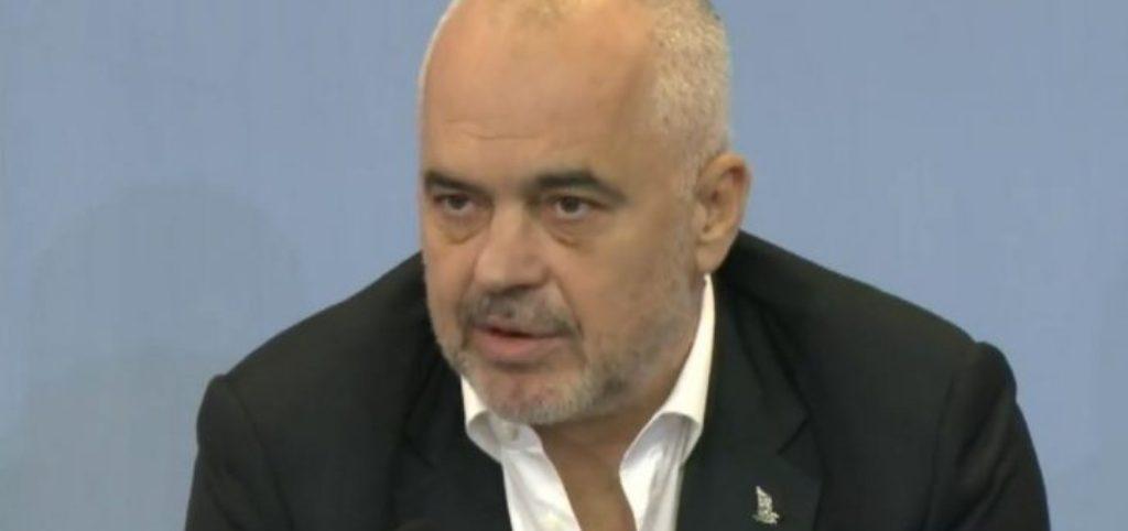 Kryeministri: Ushtria në Rinas, nuk ka shkelje të Kushtetutës