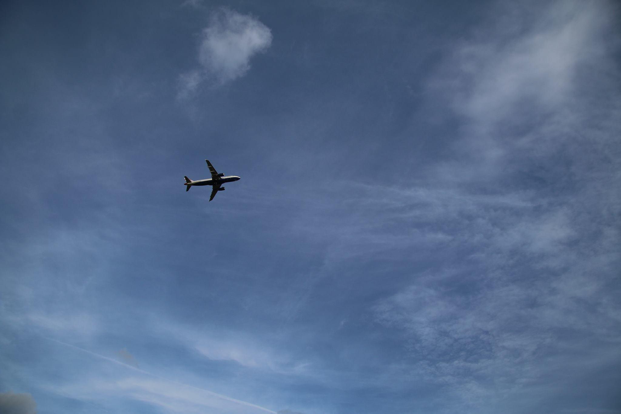 Fluturimet e muajit shkurt, vonesa nga kompanitë ajrore dhe kompensime për pasagjerët
