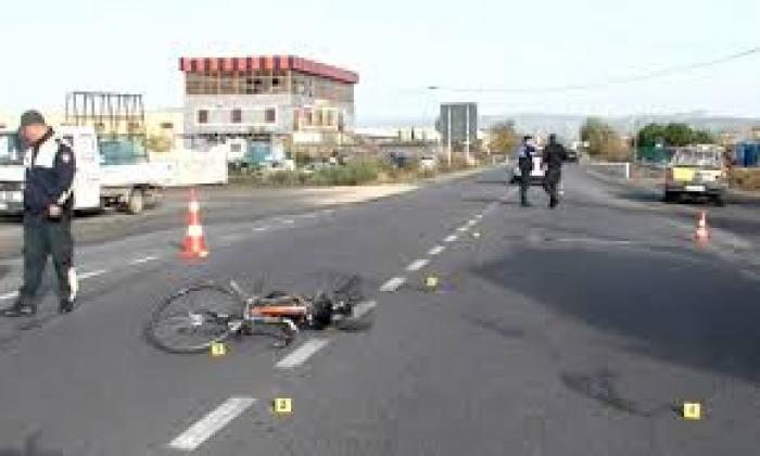 Përplas për vdekje shtetasin, arrestohet shoferi