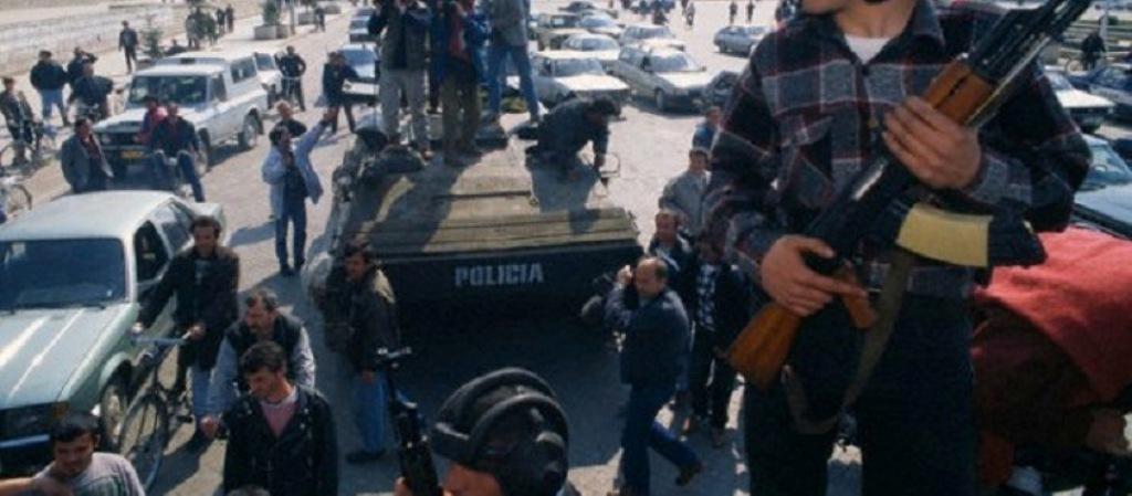 DOSJA '97/ Shifrat tronditëse të vjedhjeve në ushtri, dëmi total plot 61.4 miliardë lekë