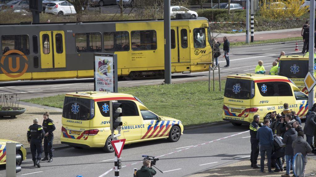 Holandë, 3 viktima pas të shtënave në një tramvaj në Utrecht