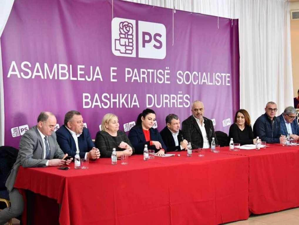 Sfidë e hapur ndaj Opozitës, Rama shfaqet krah Dakos në Durrës për zgjedhjet lokale