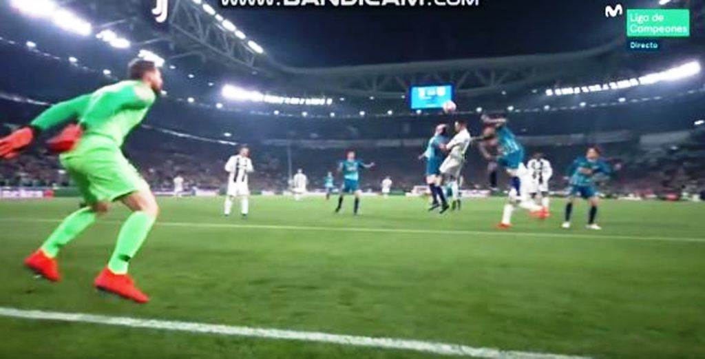 Tri magjitë e Ronaldos çojnë Juventusin në çerekfinale