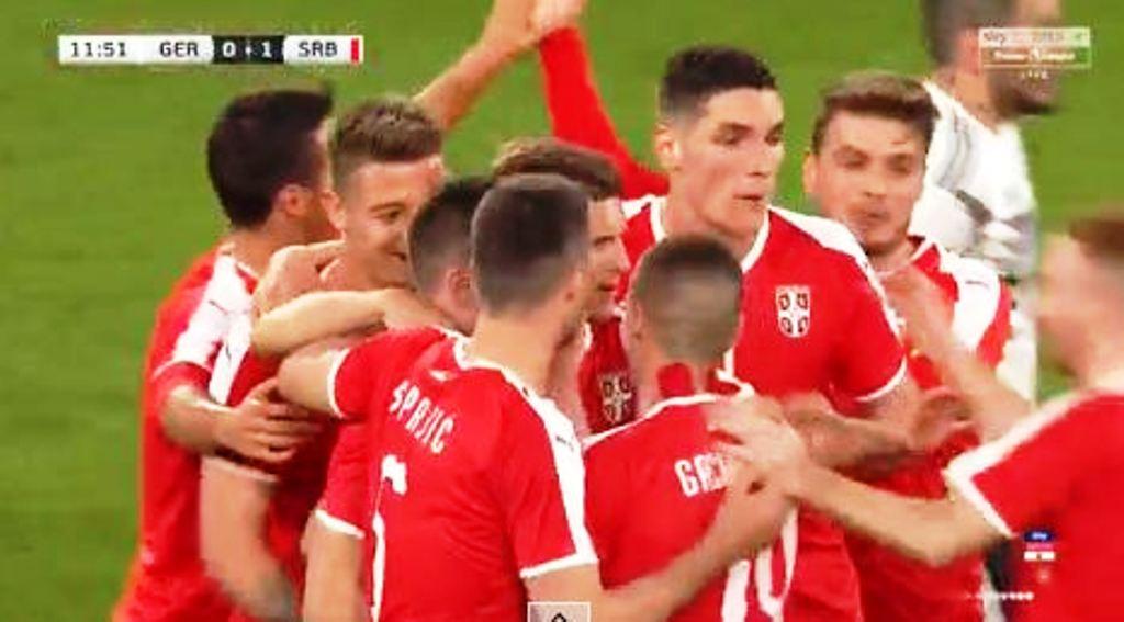 Miqësorja/ Gjermania barazon me Serbinë në shtëpi