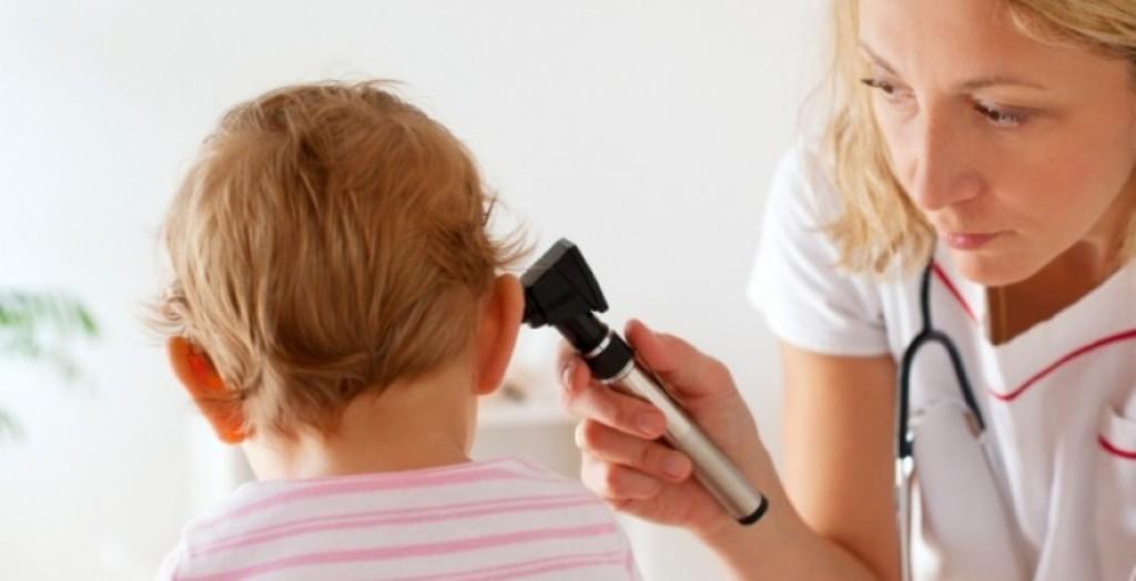 Infeksionet e veshit, 6 format më të shpeshta që hasen tek fëmijët