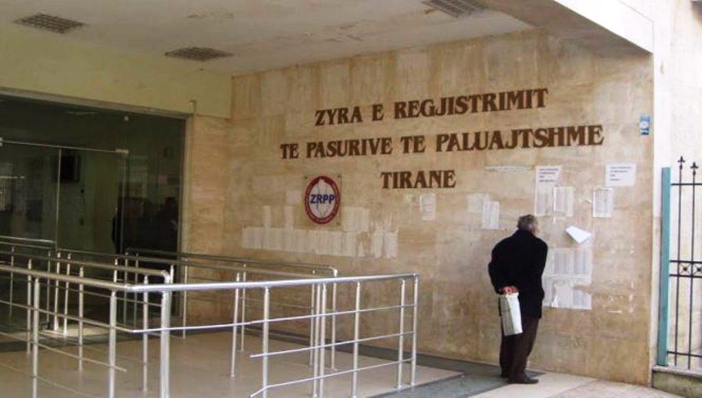 Akuza e punonjësit për drejtorin e Hipotekës: Nuk më kanë paguar sigurimet