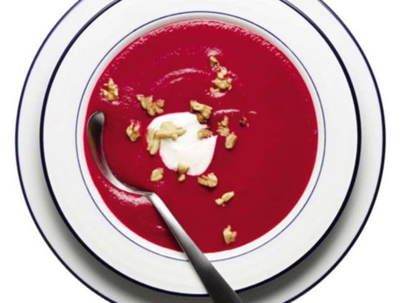 RECETA GATIMI/ Supë me panxhar dhe hudhër