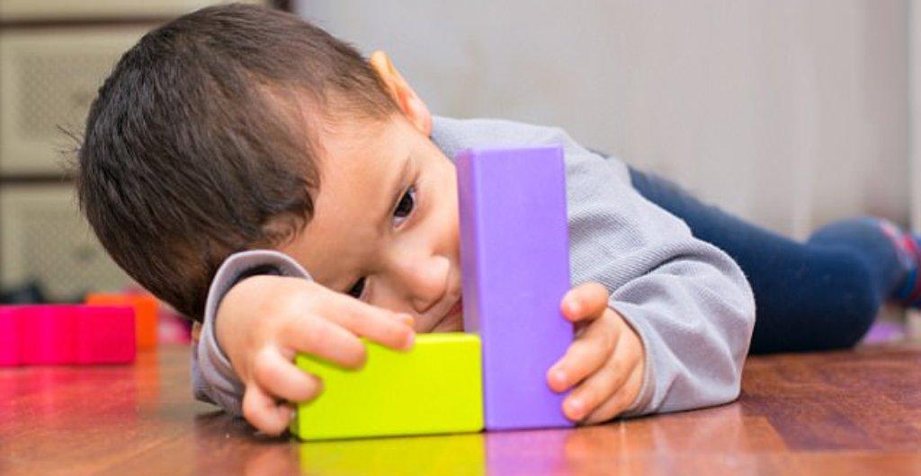 Sot Dita Botërore e Ndërgjegjësimit për Autizmin, fakte që duhet të dini mbi sëmundjen