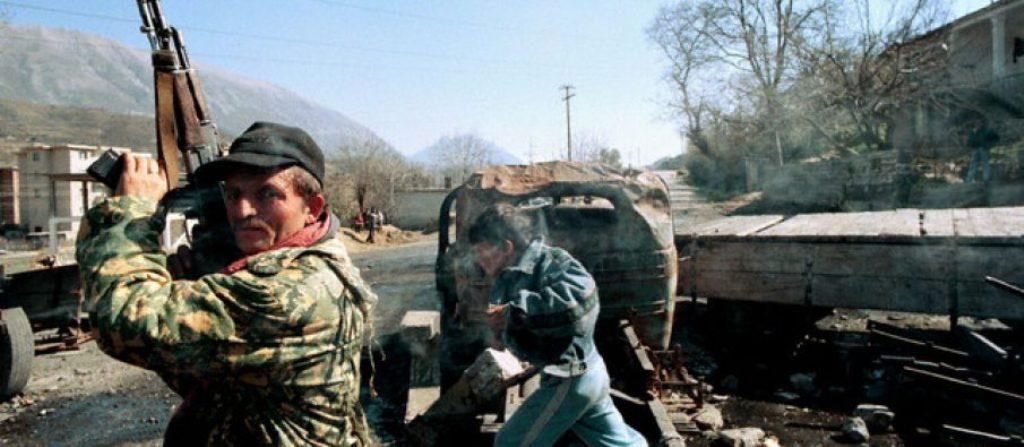 DOSJA '97/ Si u përfshi ushtria, deri dhe Akademia e Mbrojtjes në operacionin kundër Jugut