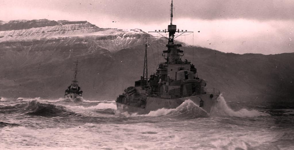 """Incidenti i Kanalit të Korfuzit, Enveri u nisi ushtarëkëve mesazhin """"Ruani gjakftohtësinë!"""""""