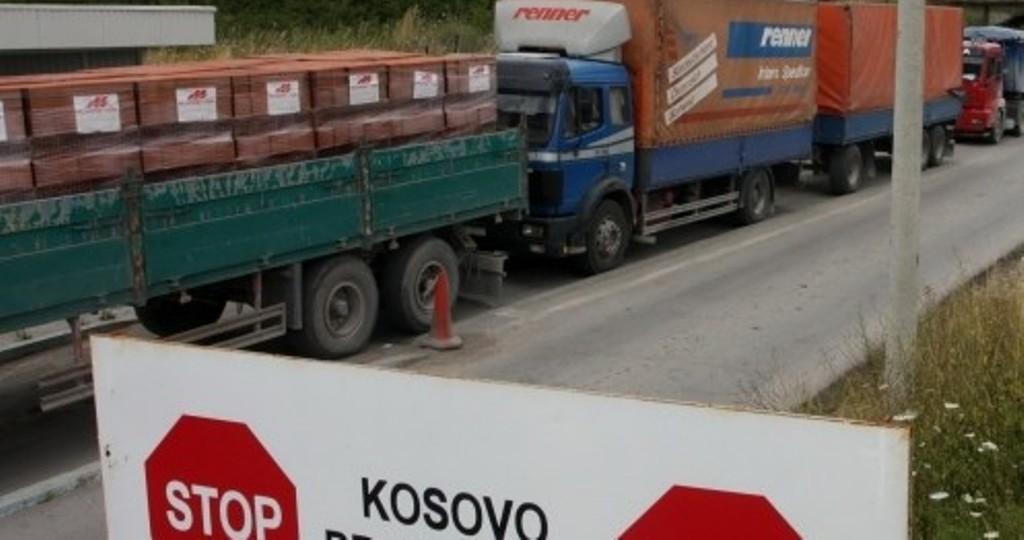 """Kosova po """"rrëmben"""" mallrat shqiptare që deri dje shiteshin në Gjermani dhe Greqi?!"""