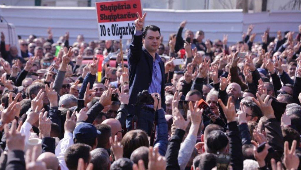 Kryedemokrati Basha: Shteti ka rënë! Jemi në emergjencë kombëtare