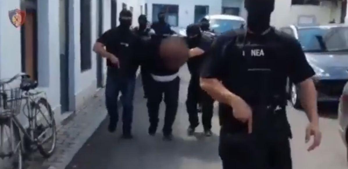 Operacioni i policisë, si u arrestuan trafikantët e kokainës në Elbasan