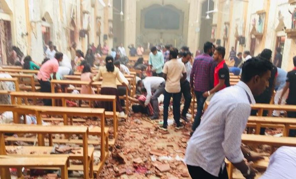 Natë e tmerrshme Pashkësh në Sri Lanka, 40 të vrarë dhe mbi 200 të plagosur nga shpërthimet në kisha dhe hotele