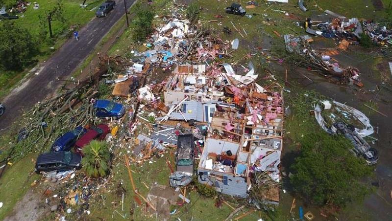 Stuhi me shpejtësi ere prej 225 km/orë,  dëme kolosale, humbin jetën edhe dy fëmijë
