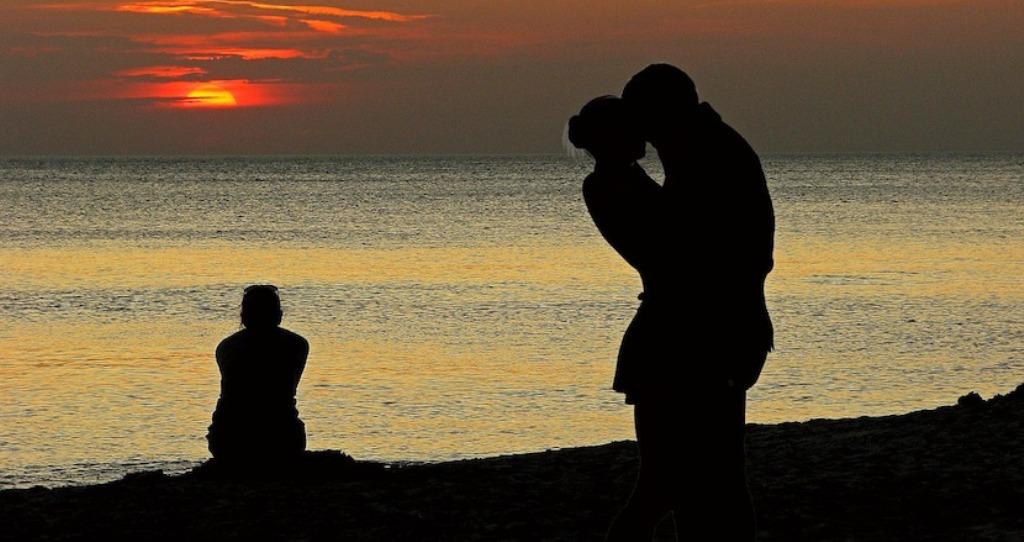 Femrat apo meshkujt, kush tradhton më shumë?