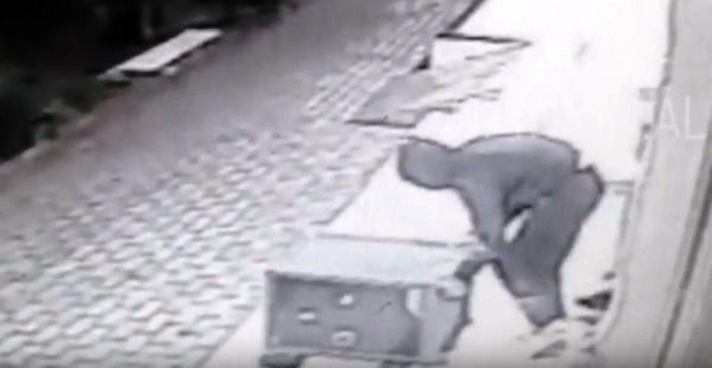 Durrës, grabitet banesa e avokatit të njohur, hajdutët marrin kasafortën me 350 milionë lekë