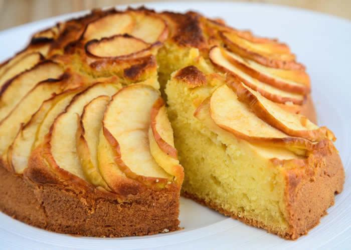 RECETA GATIMI/ Tortë me mollë
