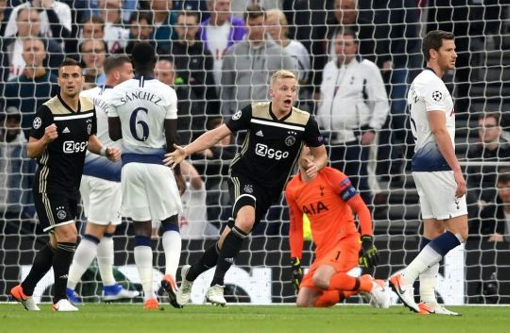 Gaboi me Barcelonën! Parashikimi i Michael Owen:  Ajax, në finale e madhe të Champions