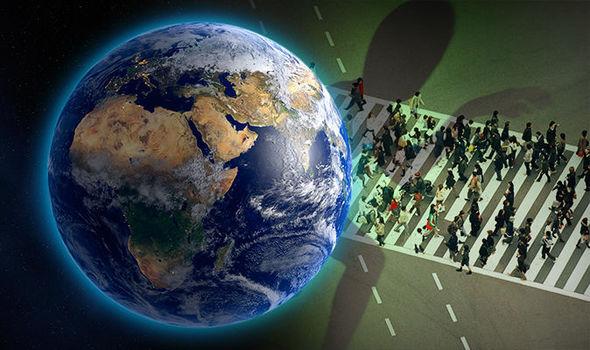 Profesori korean habit botën: Alienët po kolonizojnë tokën, duke u çiftëzuar me njerëzit ...