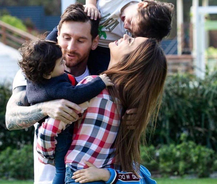 Leo Messi, një kampion i lindur... por edhe një familje e lumtur (Foto)
