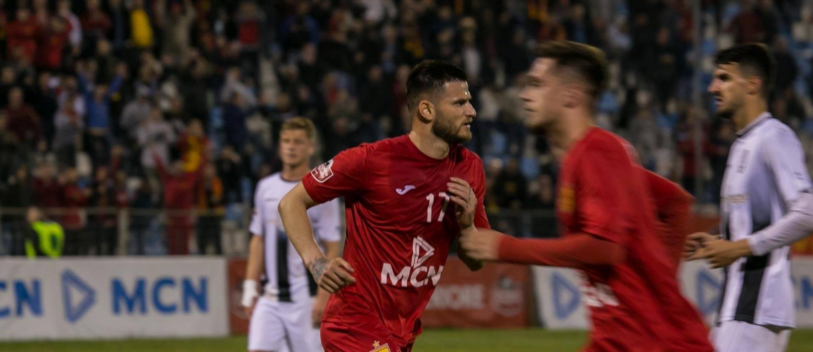 """Ndizet derbi i Tiranës, të gjitha biletat me """"porosi"""""""