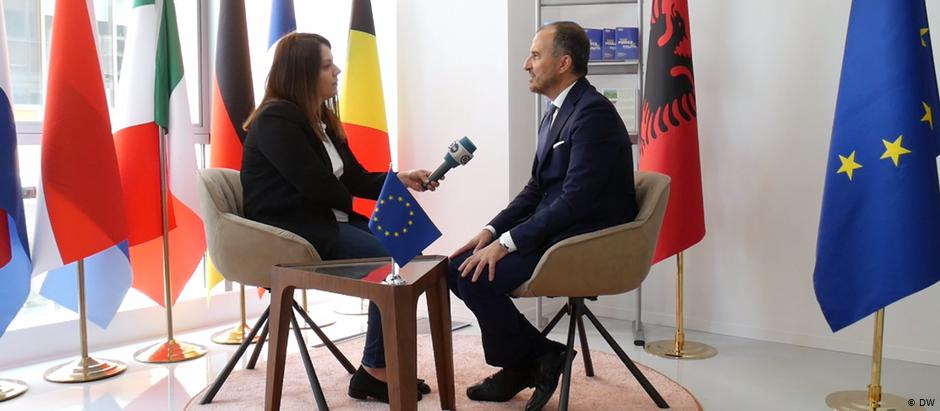 """Ambasadori i BE: """"Koha që partitë politike të gjejnë një kompromis"""""""