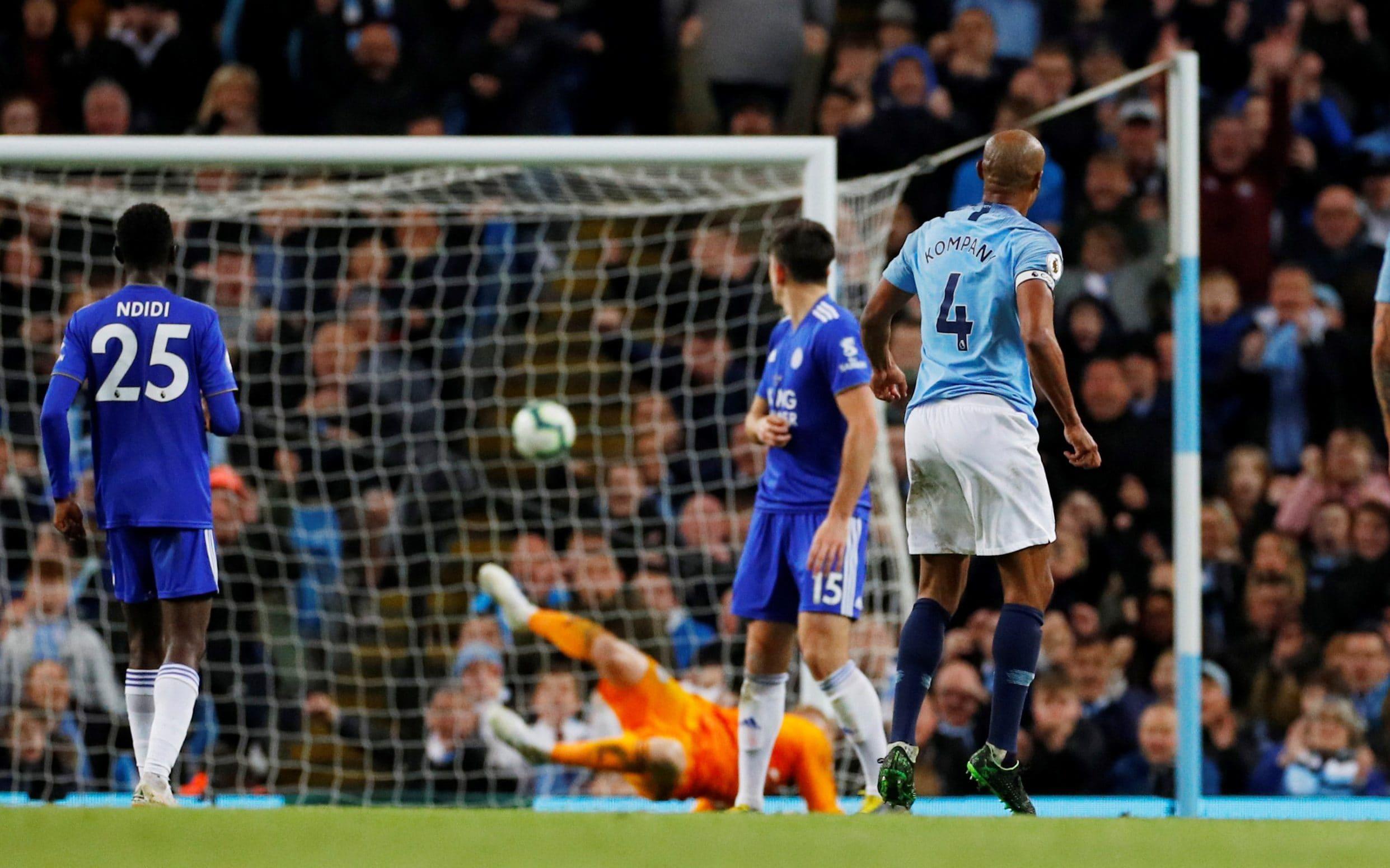"""""""Perla"""" e Kompany shtang dhe Liverpool-in, kampioni i Anglisë vendoset në testin e fundit"""