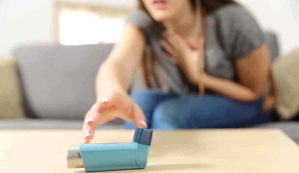 Astma, ajri dhe ambienti ku jetojmë shkak për shfaqjen e sëmundjes