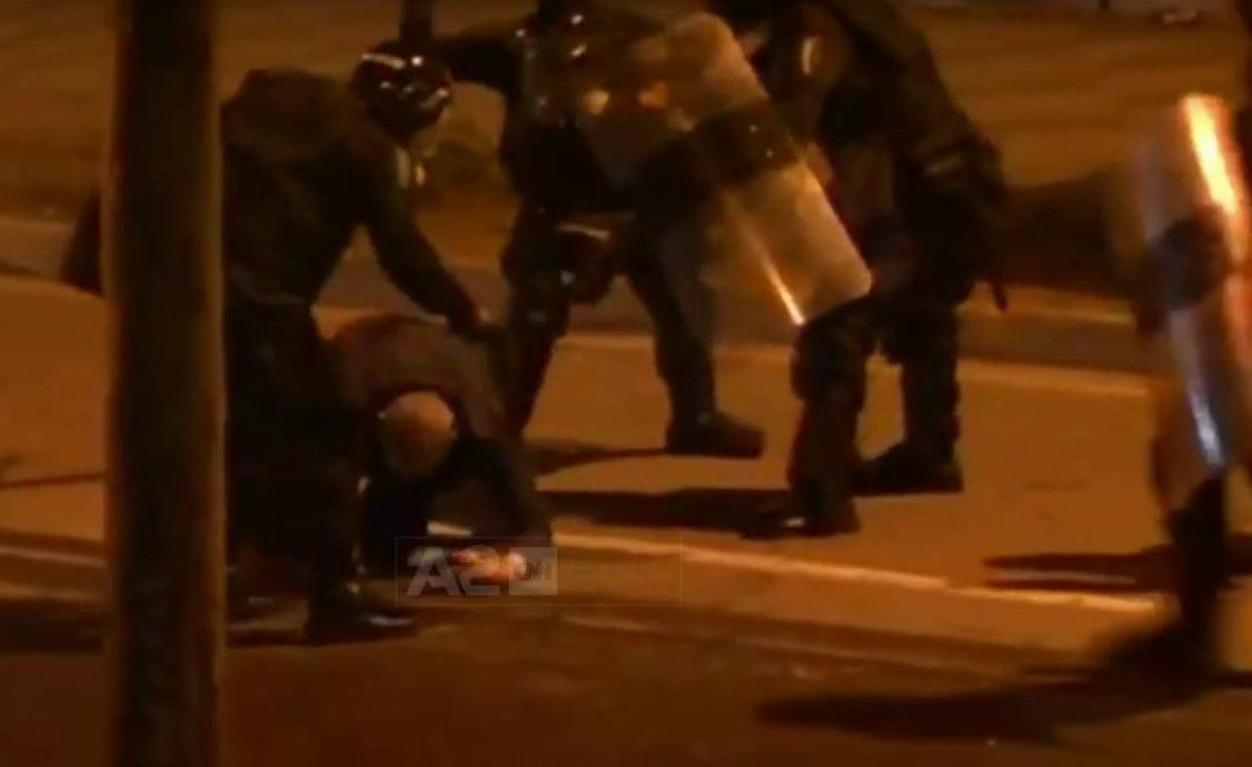 Protesta e opozitës, delegacioni i Bashkimit Europian dënon dhunën e përdorur