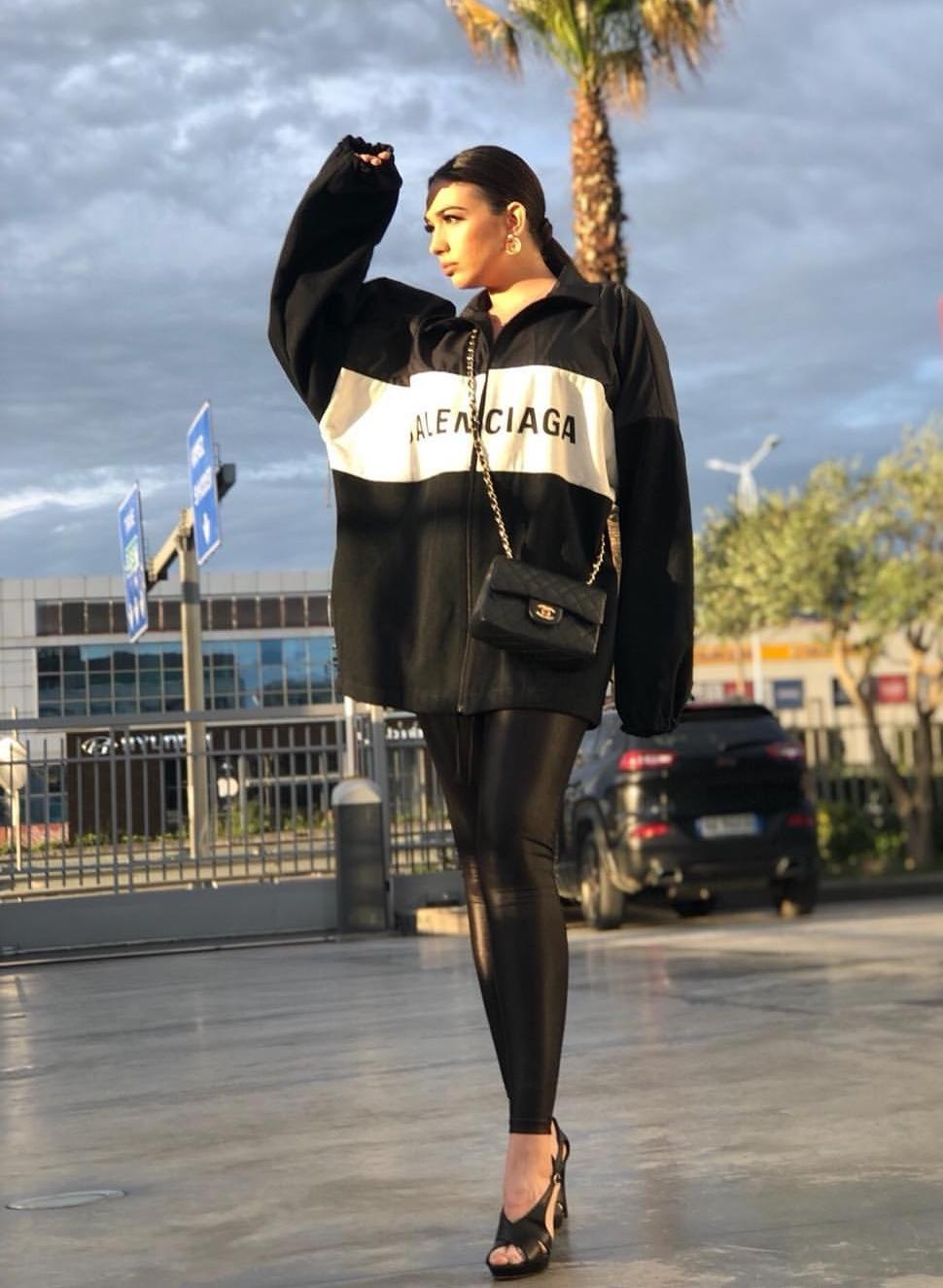 Jonida Vokshi në stil hip-hop