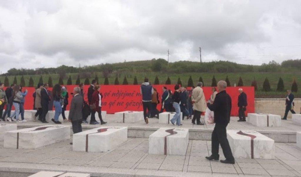Arbëreshët e Italisë nderojnë dëshmorët në Kosovë